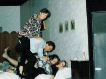 1993 - bed in bed uit